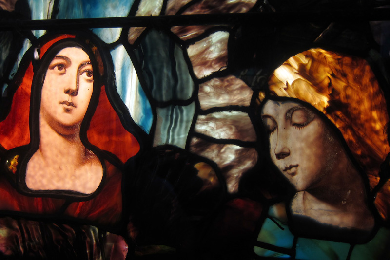 The faces of worshippers (detail from Smith Museum of Stained Glass), photo © 2015 Susan Barsy