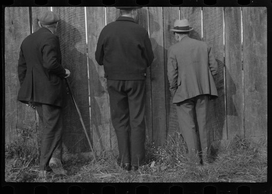 Watching a football game, Star City, West Virginia (Courtesy Library of Congress).