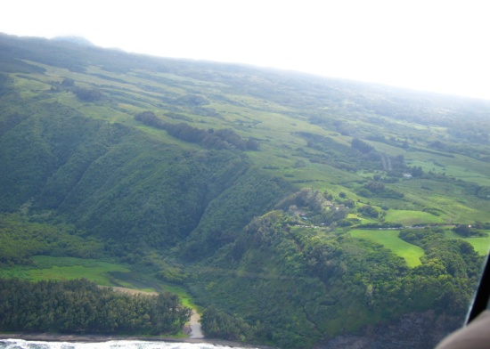 the valley and trail that lie below the end of the road in North Kohala.