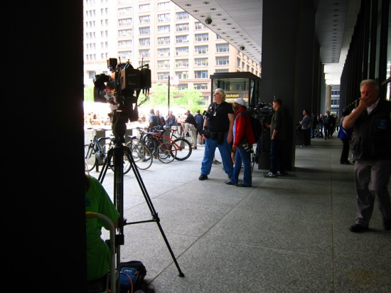 Cameramen waiting for Hastert, © 2015 Susan Barsy
