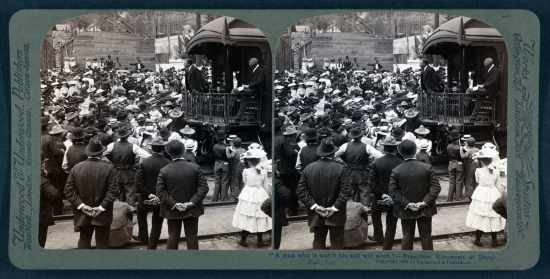 stereopticon image of a crowd gathered around a train to hear Roosevelt speak.